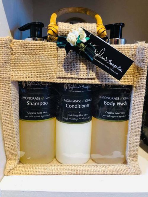 SHOWER GIFT SET JAIL DORNOCH