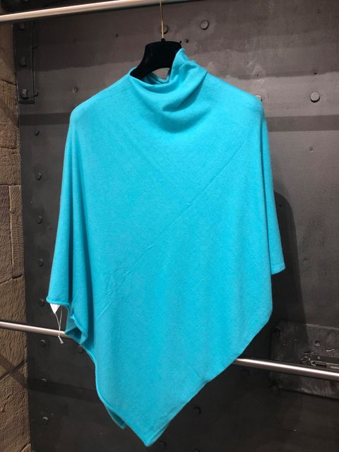 LADIES SUPERSOFT PONCHO JAIL DORNOCH